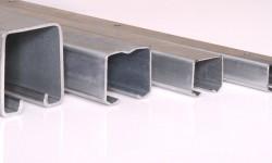 Ferrures pour portes coulissantes suspendues, pour agrandir la gamme de poids supportés
